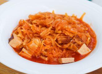 Szegediner Tofu-Gulasch